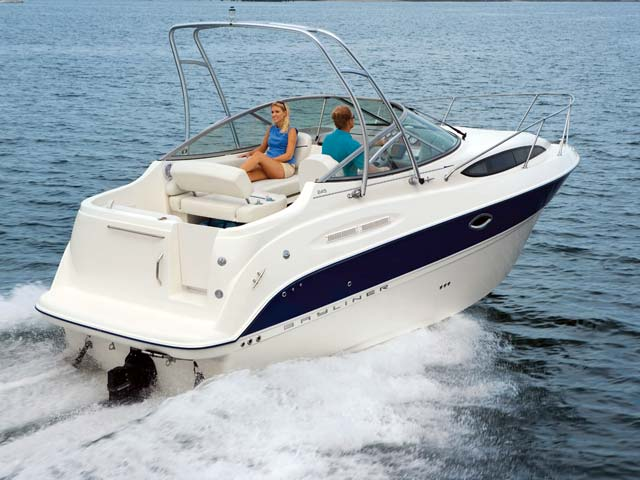 Bayliner 245 | World Sports Boats