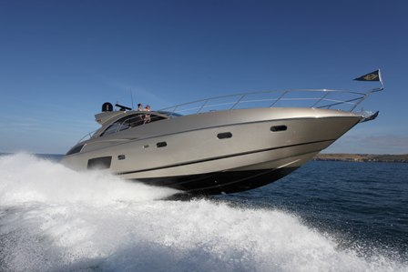 The newcomer to Germany, Sunseeker Predator 54' (17.45 m) replacing the ...