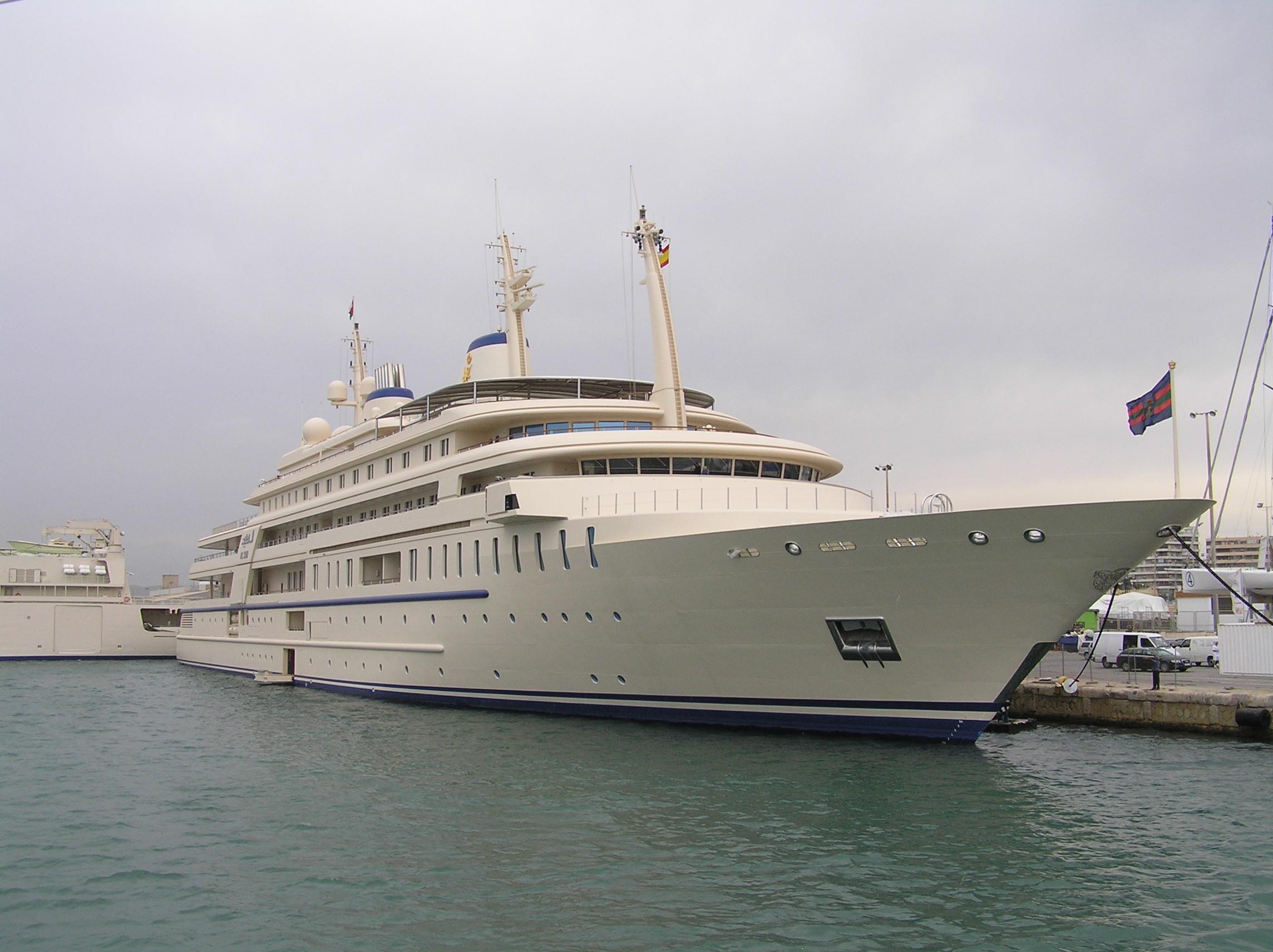 Builder: Platinum Yachts.. Designer: Andrew Winch De.. 162m Motor Yacht 2006