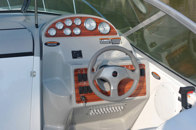 Bayliner's 245 SB is designed for comfort, performance and ease of ownership ...