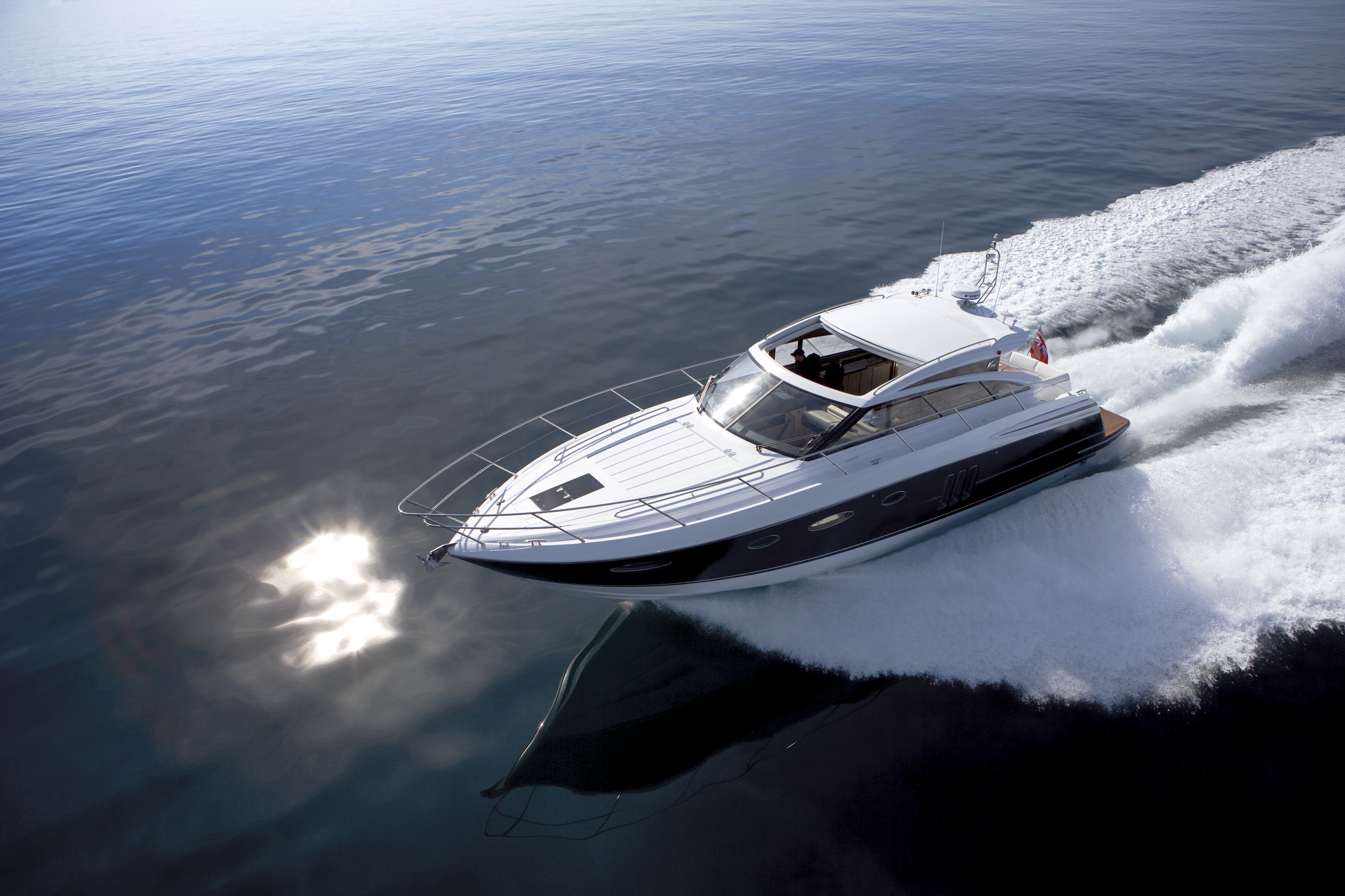 Princess Yachts newest V-Range model the V52, will be exhibited for the ...