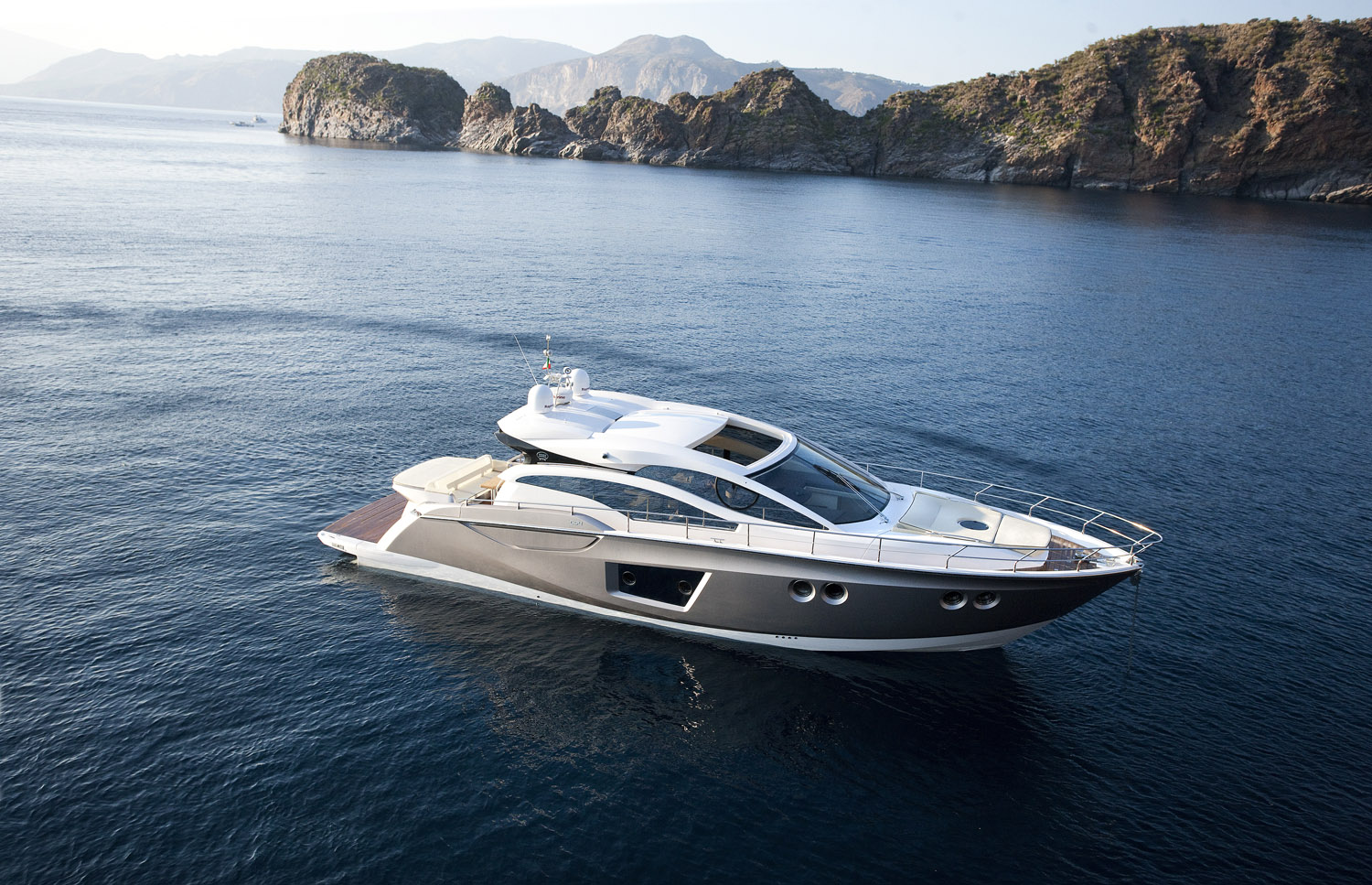 C54 Sports Coupe. True to its vocation as a trend-setter, Sessa Marine has ...