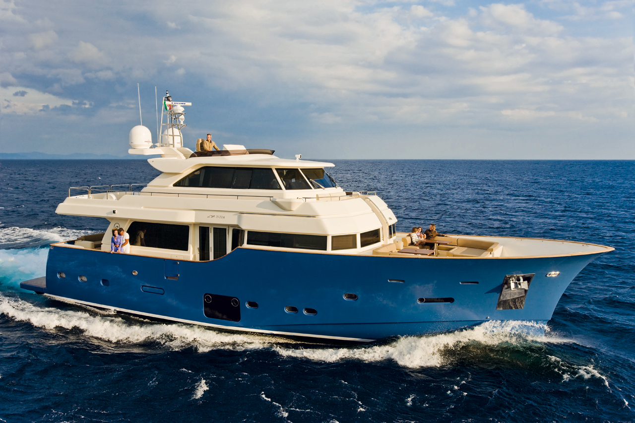 San lorenzo of the Americas will premier their new 72 in America at the Show ...
