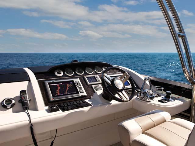Sea Ray 450 Sedan Sport
