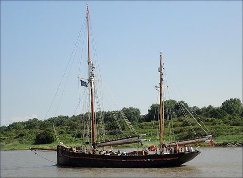 Leader - Briham Sailing Trawler
