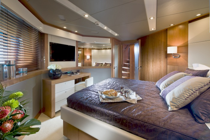 Sunseeker Predator 115 Port Double Cabin