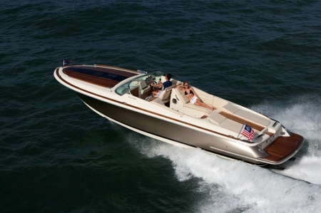 Chris-Craft 32 Corsair