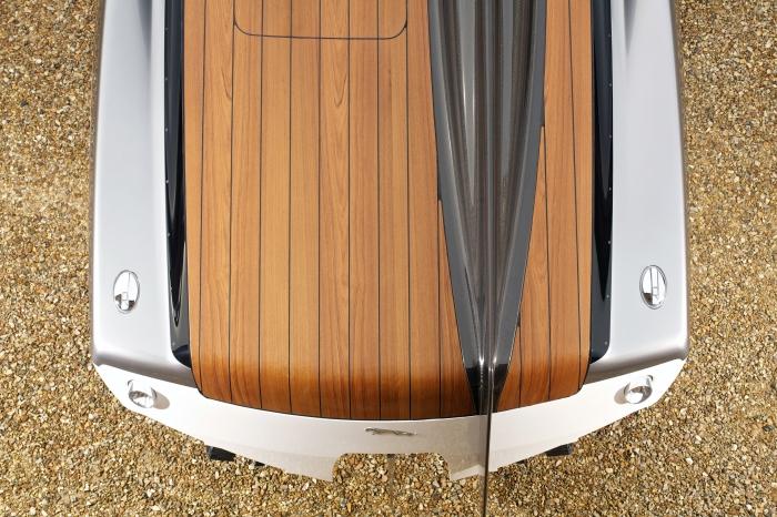 jaguar concept sports boat