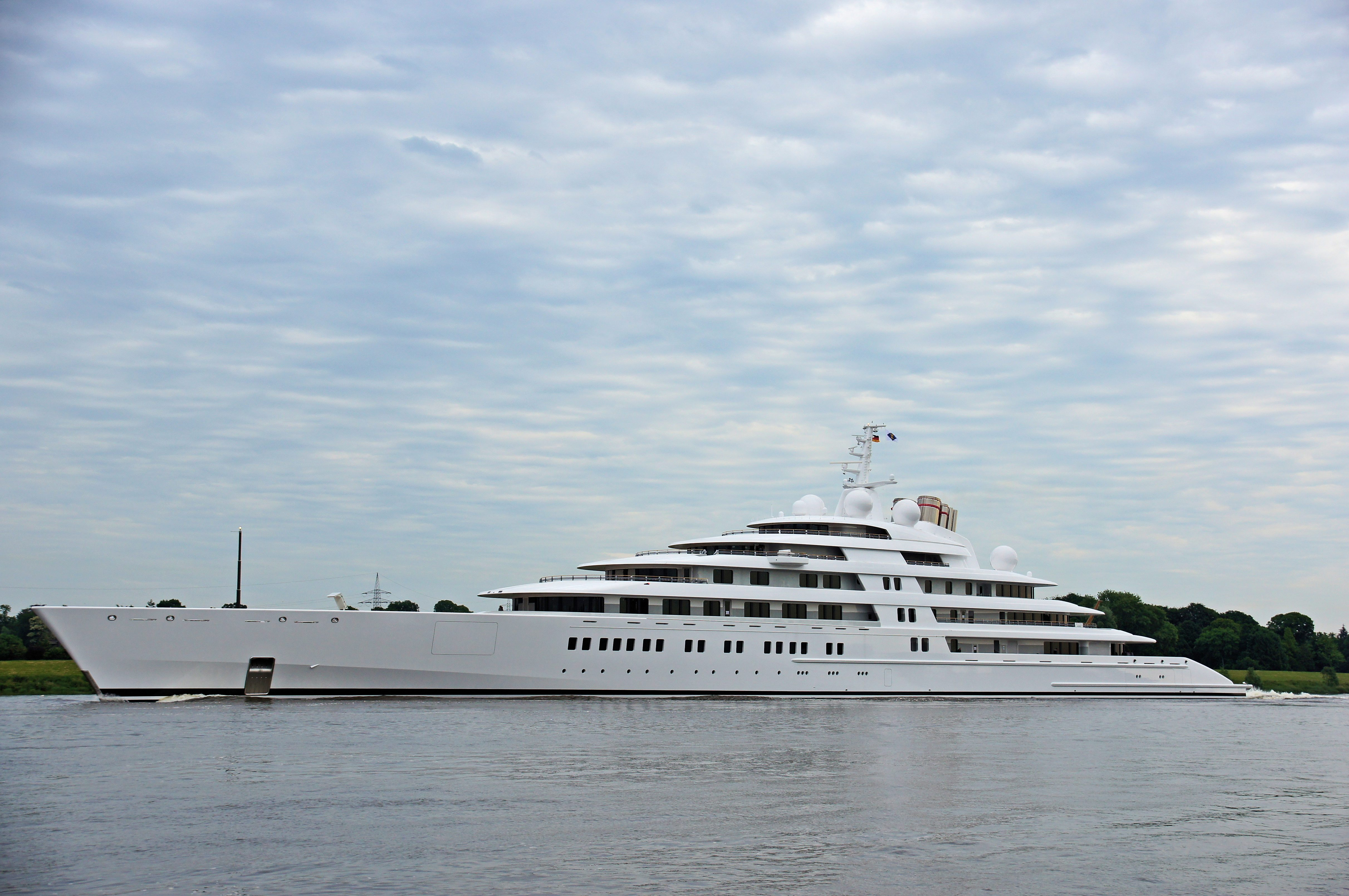 The Largest Mega Yacht Takes To The Ocean Azzam World Sports Boats