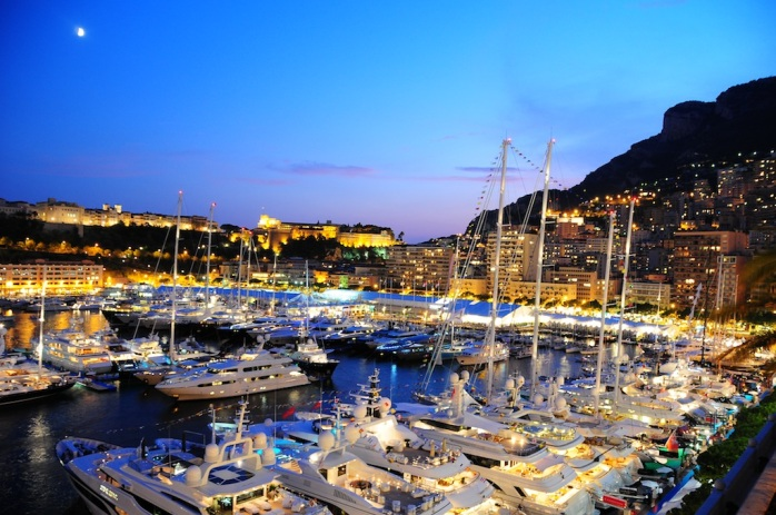 Monaco Yacht Show port-hercule-night