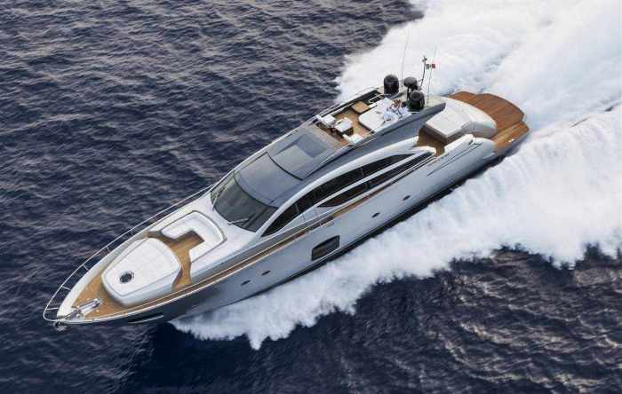 Pershing Yacht 82 feet