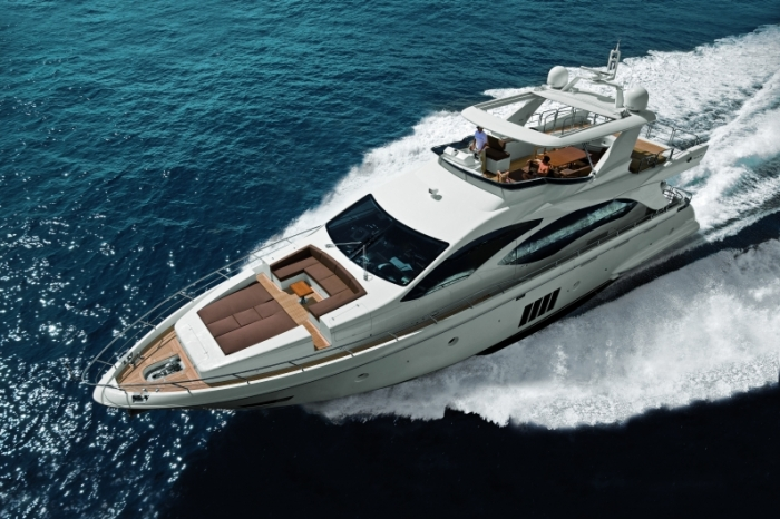 Azimut-Flybridge-84-feet