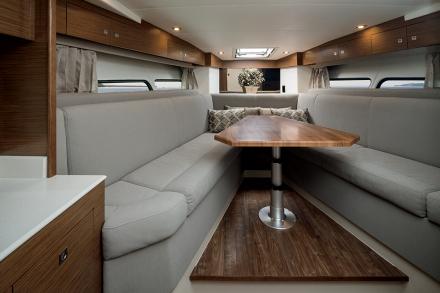 Cruiser 390 Express Coupe