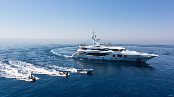 OCEAN-PARADISE-yacht-with-tenders-1