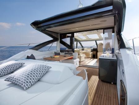 v58-exterior-main-deck