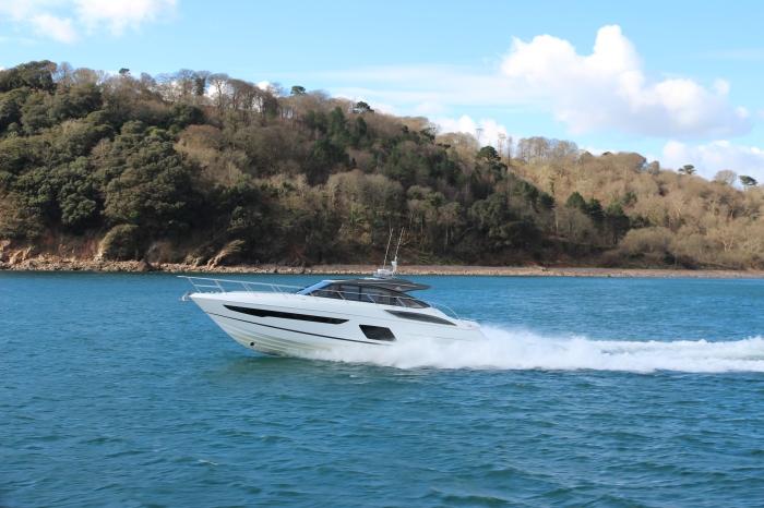 v58-exterior-white-hull-2