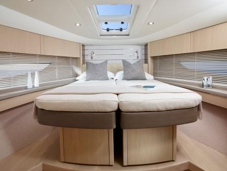 v58-interior-forward-cabin-beds-together-alba-oak-satin