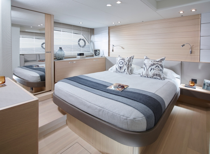 v58-interior-owners-stateroom-alba-oak-satin