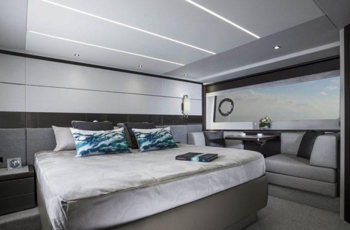 Sunseeker 74 sports yacht