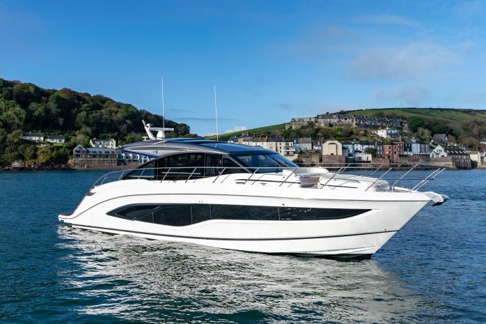 Princess Yachts V Class 55