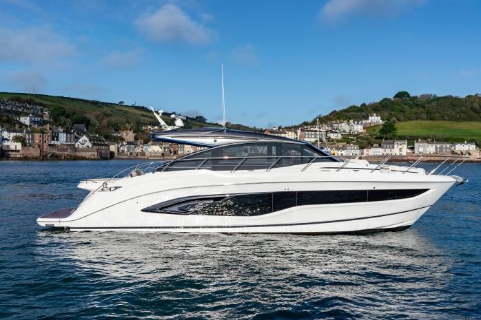 Princess Yachts V-Class 55