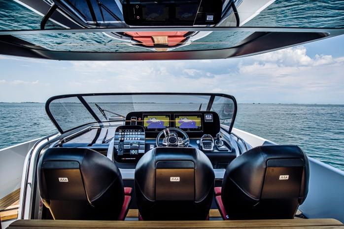 Cranchi Yachts A46 Luxury Tender helm