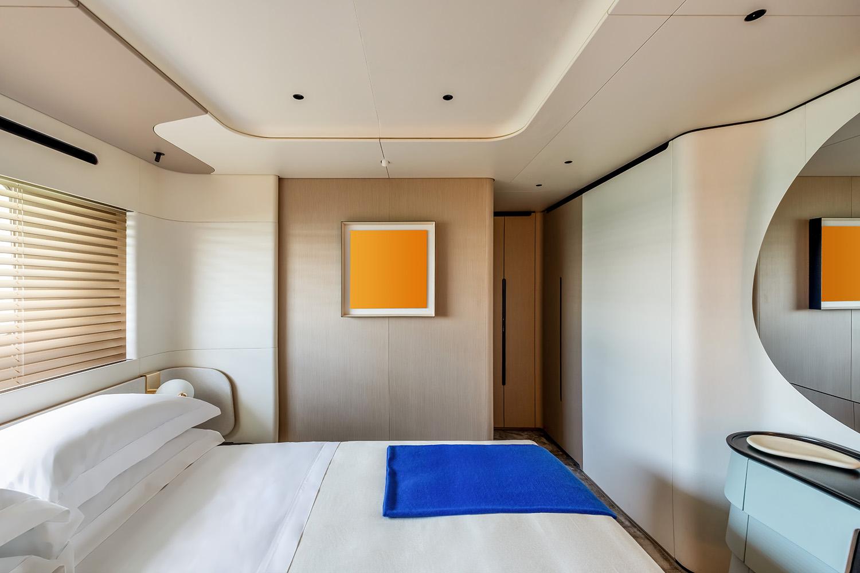 Azimut Grande Trideck Starboard Side VIP Cabin